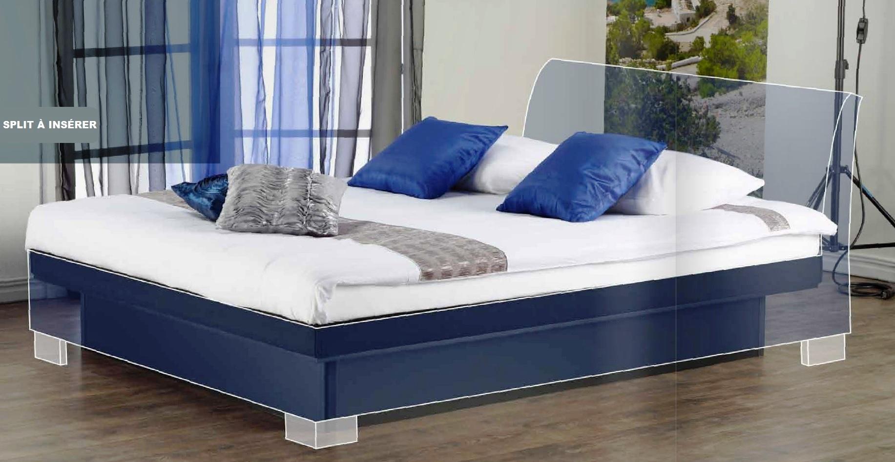 lit a eau split dans cadre de lit