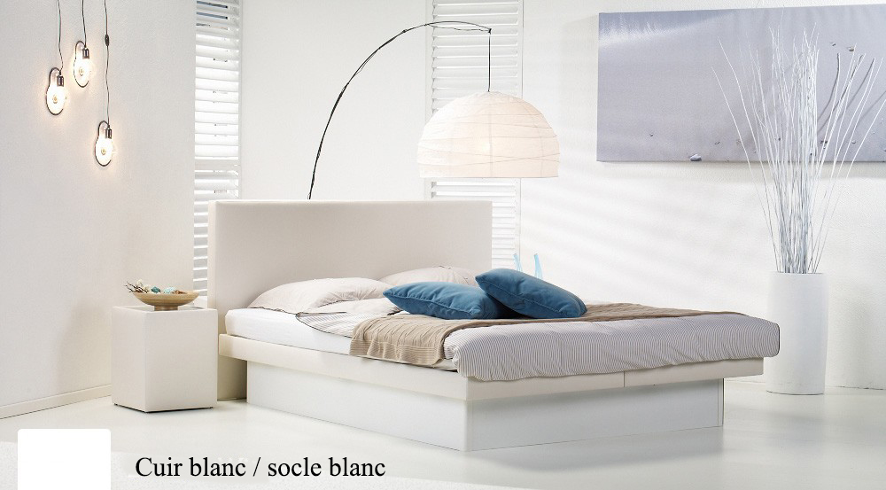 Lit a eau Custom blanc socle blanc par Waterbed France