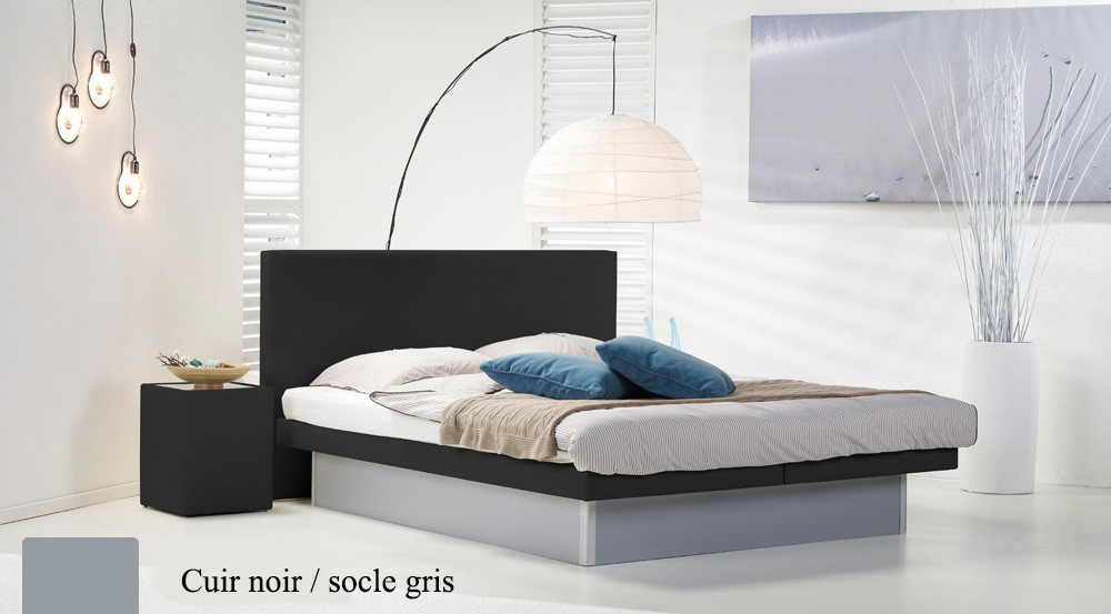 Lit a eau Custom noir socle gris par Waterbed France
