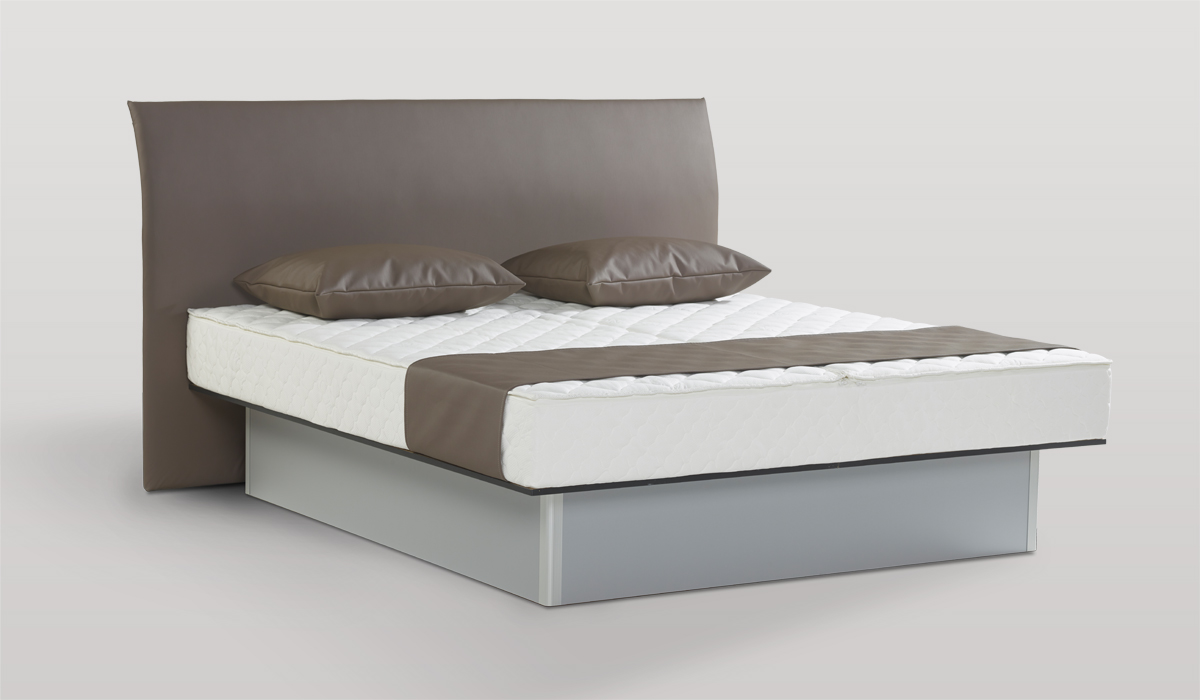 LIT A EAU BASIC DELUXE by Waterbed France
